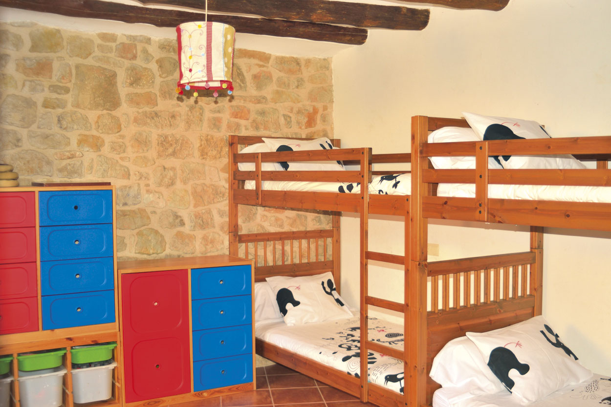 Habitació cuádruple de la casa rural El Paller, prop de Vall-de-roures