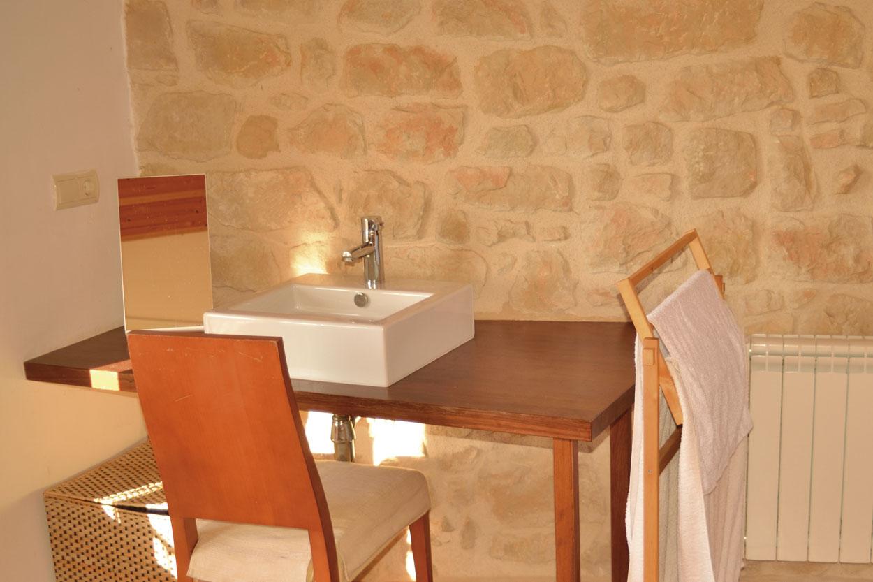 Habitació doble de la casa rural El Paller, prop de Vall-de-roures