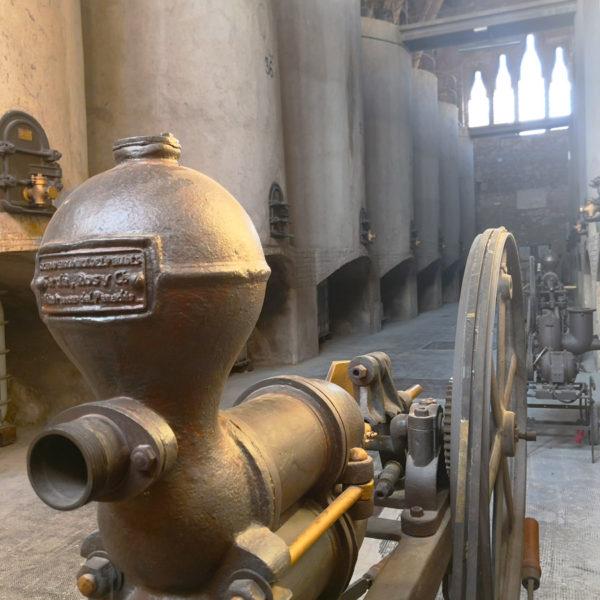 catedral-del-vi-pinell-de-brai-04-01