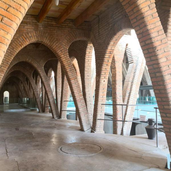 catedral-del-vi-pinell-de-brai-07-01