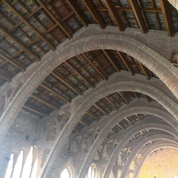 catedral-del-vi-pinell-de-brai-12-01